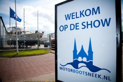 Super Lauwersmeer met Discovery-serie op Motorboot Sneek 2016