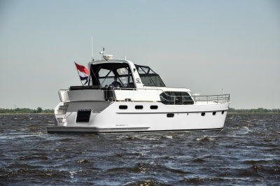 Zwei Discovery-Modelle auf der Sneek boatshow