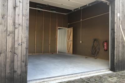 Luxe schiphuis met inpandige garage