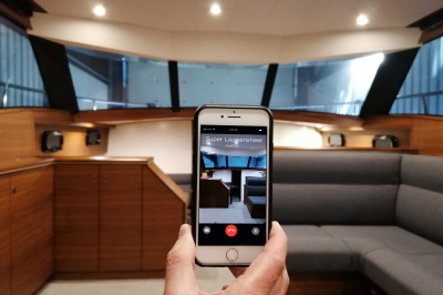 Experience the Discovery 47 AC with a virtual reality walkthrough