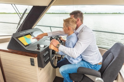 Jong gezin maakt dromen waar met Super Lauwersmeer