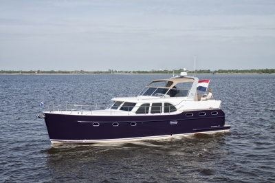 Super Lauwersmeer on jubilee tour through Germany with Discovery 45 AC