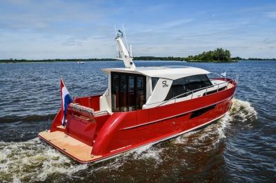 Super Lauwersmeer presenteert Discovery 42 OC