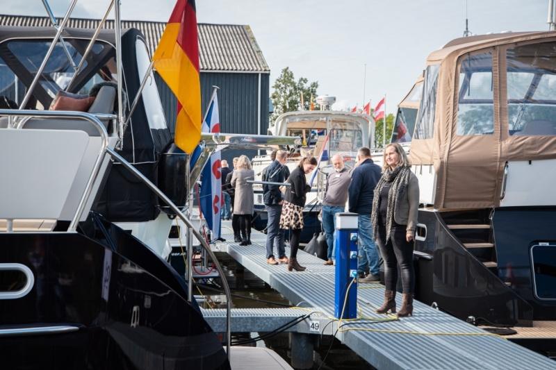 Super Lauwersmeer Bootsausstellung auf der Werft