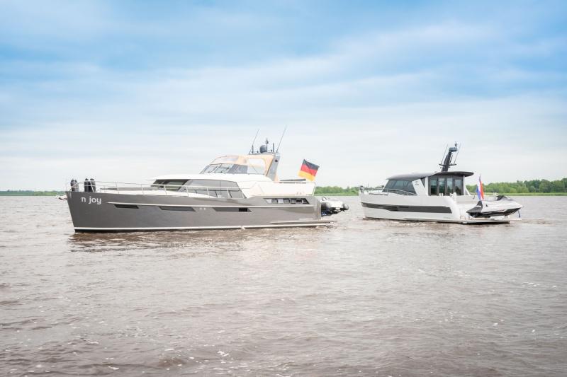 Discovery 47 AC und 47 OC Seite an Seite auf der HISWA te Water 2021